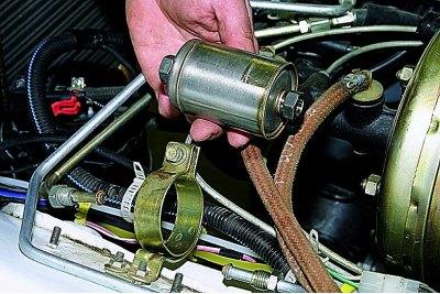 1121 - Топливный фильтр нива 21214 инжектор где находится